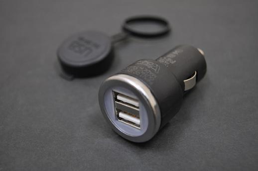 USB変換アダプターバイクパーツ
